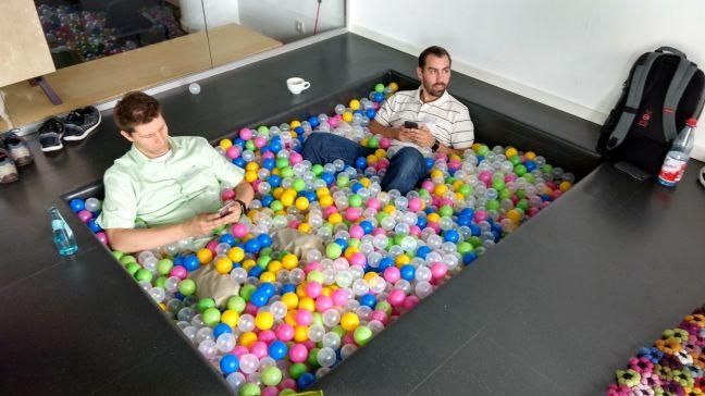 Bällebad (mit Martin und Paul)
